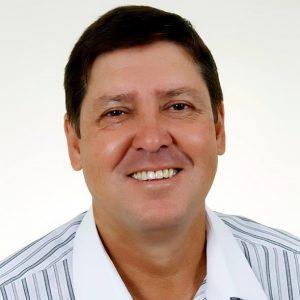 Carlos César de Queiroz